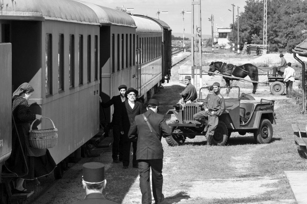 1945 Still1.jpg